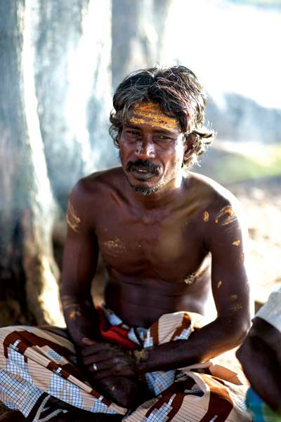 A member of the Eastern Veddah clan, in Kunjankalkulam. He is part of an indigenous community that receives support to preserve their unique identity since 2011 through the Culture & Indigenous Communities Programme of Dilmah Conservation.