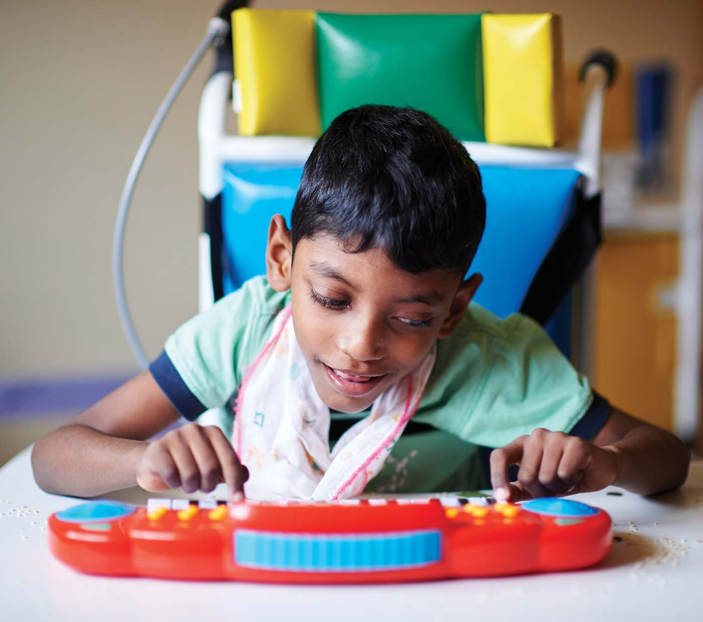 The Foundation is working with Cerebral Palsy Lanka Foundation to provide much needed care and education for children with Cerebral Palsy. This programme offers children with therapeutic, simulative and sensory integration mechanisms managed by specialised and trained staff