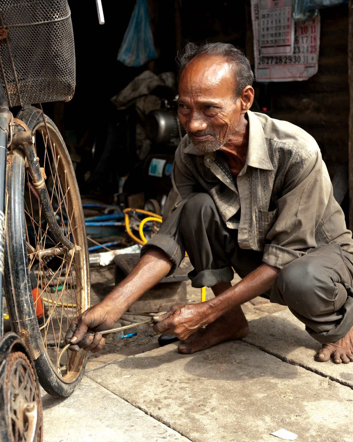 Changing Lives – one of the nearly fifty recipients to have received support from the Small Entrepreneur Programme of the MJF Charitable Foundation to enhance the quality of their bicycle repair shops in Batticaloa, Eastern Province, 2010.