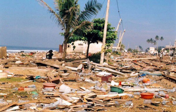 December 26th Tsunami hits south coast of Sri Lanka